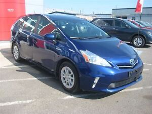 2012 Toyota Prius v Hybrid Base (CVT) | So Efficient!