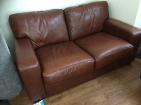 2 seater brown leather settee great condition lovely colour cost £1500 when new made by Hide n Chic
