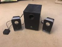 Logitech Speakers - 2 speakers with subwoofer