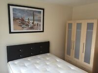 Great double bedroom in beautiful location near Canary Wharf & Greenwich