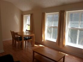 Melrose Terrace, Waterside, Derry spacious top floor one bedroom flat to let