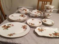4 place Dinner set with serving plates and bowls