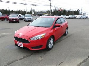 2016 Ford Focus SE HEATED SEATS HEATED STEERING WHEEL!