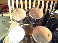 Gretsch Blackhawk Drumkit with Stands, Cases and Silence pads