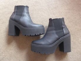 Ladies Black Boots - size 5