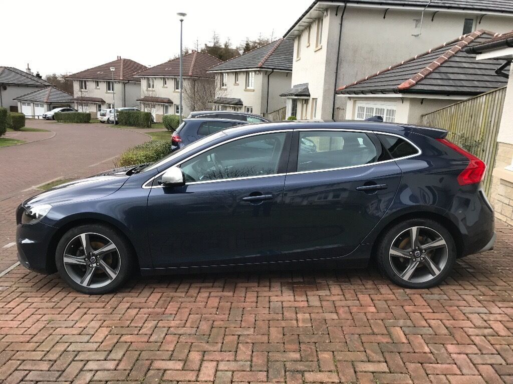 volvo v40 1 6 d2 r design 5dr start stop rear parking sensors in newton mearns glasgow. Black Bedroom Furniture Sets. Home Design Ideas