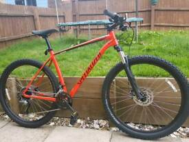 2018 Specialized Rockhopper Comp XL Near New Condition