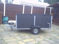 trailer for sale,large,all ready to go,just been repainted cheap large trailer