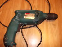 110 V Makita drill/hammer drill FOR SPARES OR REPAIR