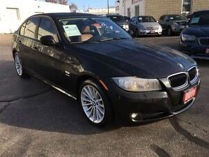 2011 BMW 3 Series **SALE PENDING**SALE PENDING** Kitchener / Waterloo Kitchener Area image 9