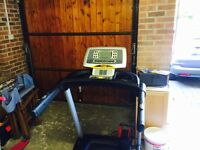 Fuel Fitness 4.0 Treadmill: Folding: 1.75horsepower: 1-16km/h speed: 450x1270mm striding surface