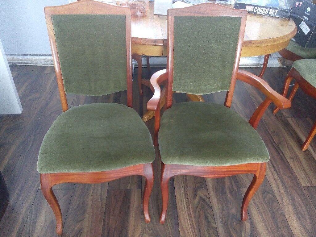 Beautiful set of 6 dinning chairs