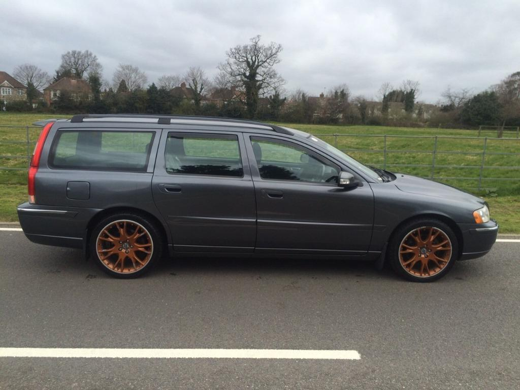 2007 volvo v70 sport se diesel automatic estate in good condition in hayes london gumtree. Black Bedroom Furniture Sets. Home Design Ideas