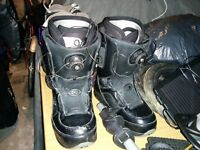 Size 8.5 Snowboard boots (ThirtyTwo) With wire laces