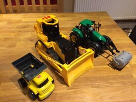 Bulldozer, dumper truck, tractor lights and sounds