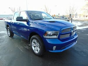 2014 RAM 1500 Sport (Leather, Sunroof, V8 Hemi)