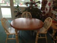 Shabby chic extendible dining table with three chairs