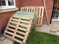10 wooden pallets free to uplift
