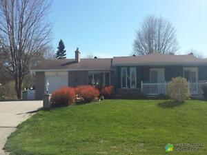 $329,900 - Bungalow for sale in Kincardine