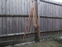 Artists easel,Daler Rowney beech wood, adjustable, as new condition. H/up to 195cm.