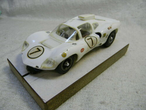 1/24 SCALE VINTAGE ORIGINAL COX CHAPRRAL 2D COUPE WHITE SLOT CAR-NICE