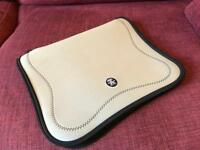 "Crumpler 15"" -17"" notebook / laptop sleeve case -Silver"