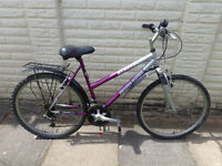 ladies professional front suspension bike, with new d-lock ready to ride can deliver