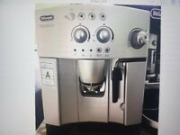 Delonghi Magnifica Silver coffee maker / Unwanted gift boxed & accessories was £470
