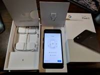 Google pixel 2 128gb just black factory unlocked with all accessories