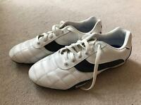 Men's Lonsdale track shoes size 10
