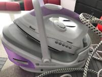Swan steam iron with continuous steam tank