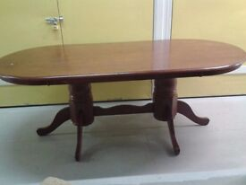 Dining table,mahogany,solid wood,carved leg,210cm long,width 105cm wide. It can sit up to 10 people
