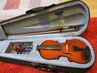 1/4 size Daliano violin with case