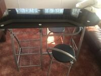 Breakfast bar with 2 fold up chairs