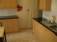 ONE ROOM AVAILABLE NOW School Lane,Manchester,M20