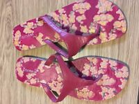 Red Leather flip flops - new - size 7