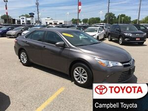 2015 Toyota Camry LE LOW KM'S MINT SHAPE CRUISE