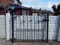 Wrought iron gate / garden gate / steel gate / metal gate / house gate / side gate / driveway gate