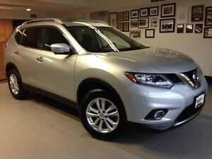2015 Nissan Rogue SV 7-SEAT 1 OWNER LOCAL TRADE!!