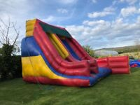 GIANT INFLATABLE SLIDE Bouncy Castle 20x26 feet