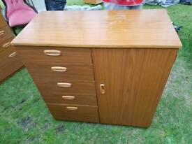 Unit with 6 Drawers & 1 Cupboard