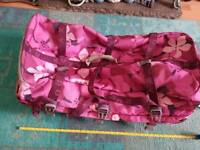 ROXY QUIKSILVER LARGE PINK HIBISCUS FLORAL TROLLEY CASE AS NEW