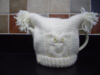 Hand Knitted Chunky Owl Tea Cosy in Cream