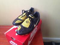 Nike football boots (se15) available