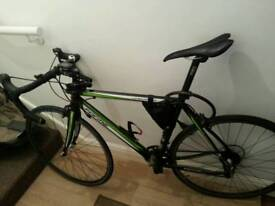 Road bike forme longcliffe 5.0 with extras