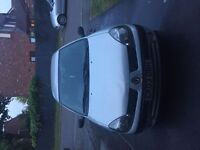 Renault Clio AUTHENTIQUE 1.2L