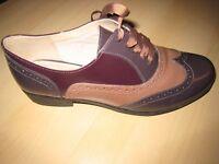 Clarks shiny Hamble Oak Shoes size 6.5 - D fit