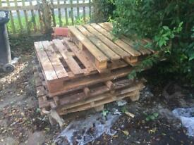 Free pallets cb1 7as