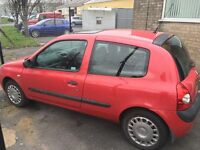 Renault Clio 1.2 petrol NEW MOT PX to clear