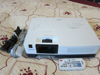 Sanyo Projector PLC-XR201 - Excellent Condition - Incl Accessories